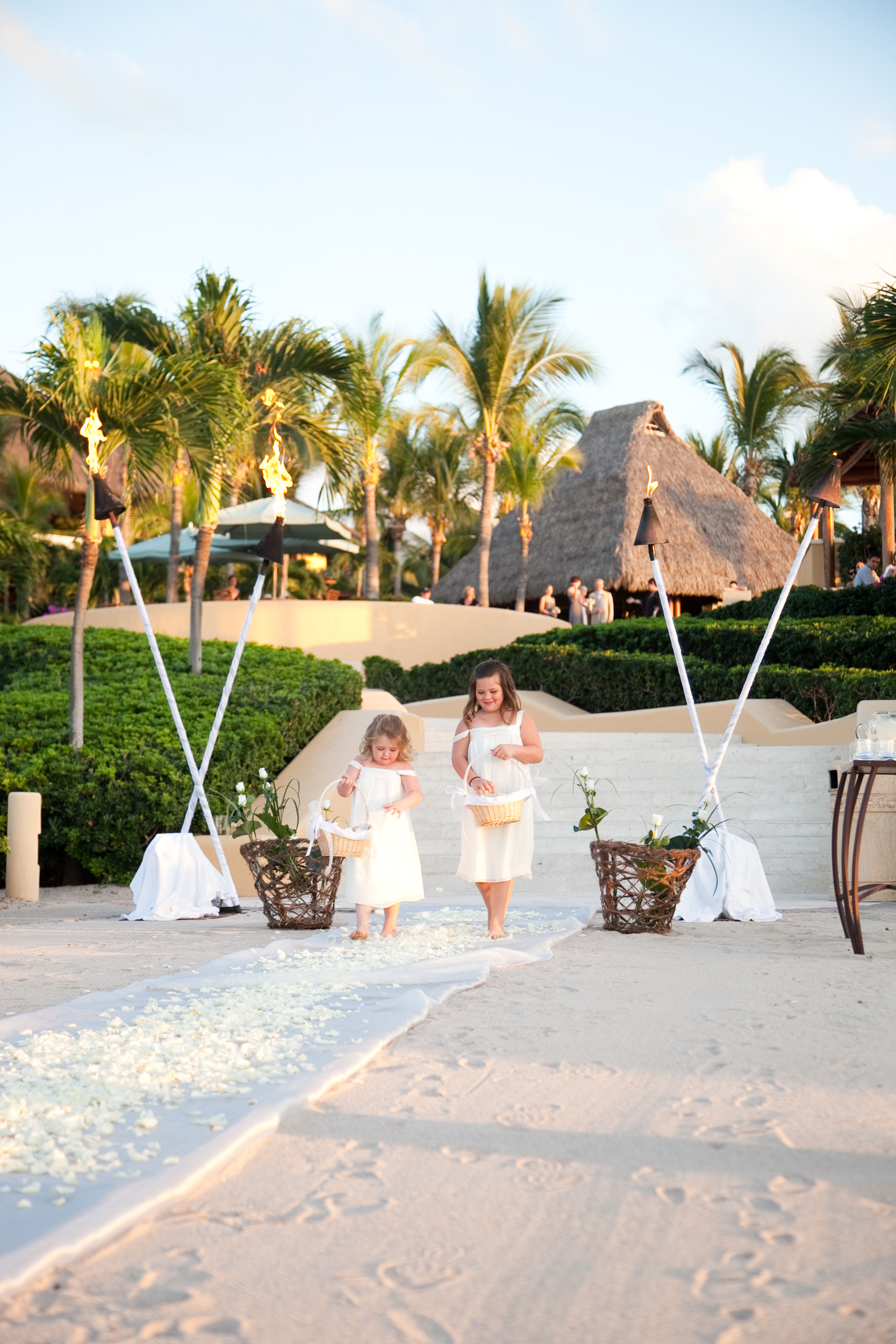 Four-Seasons-Punta-Mita-Wedding-012.jpg