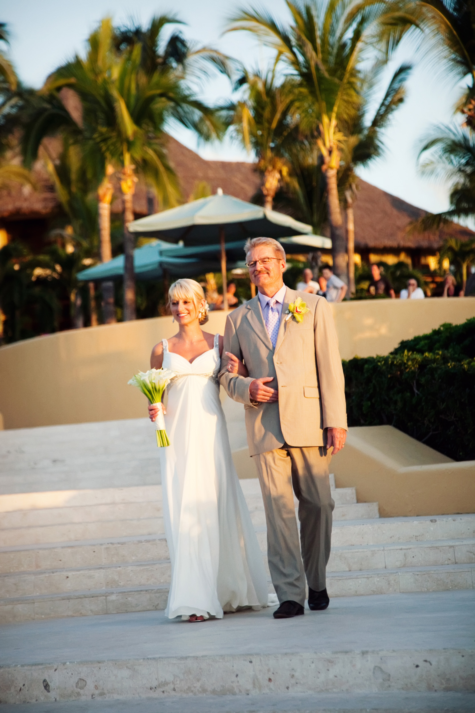 Four-Seasons-Punta-Mita-Wedding-013.jpg