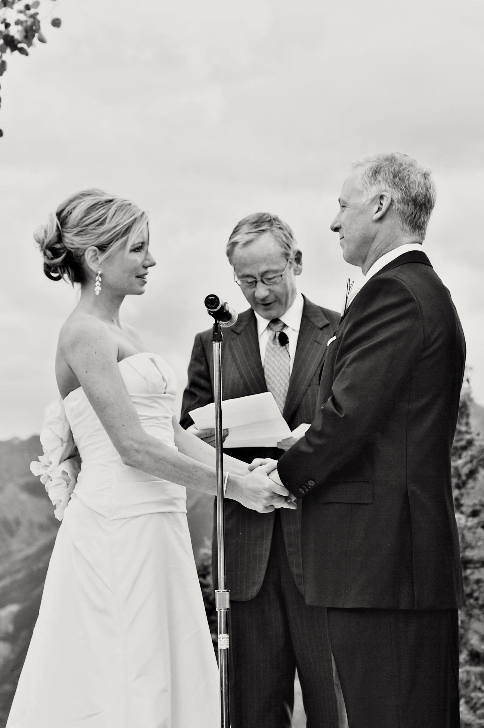 aspen-wedding-deck-035.jpg