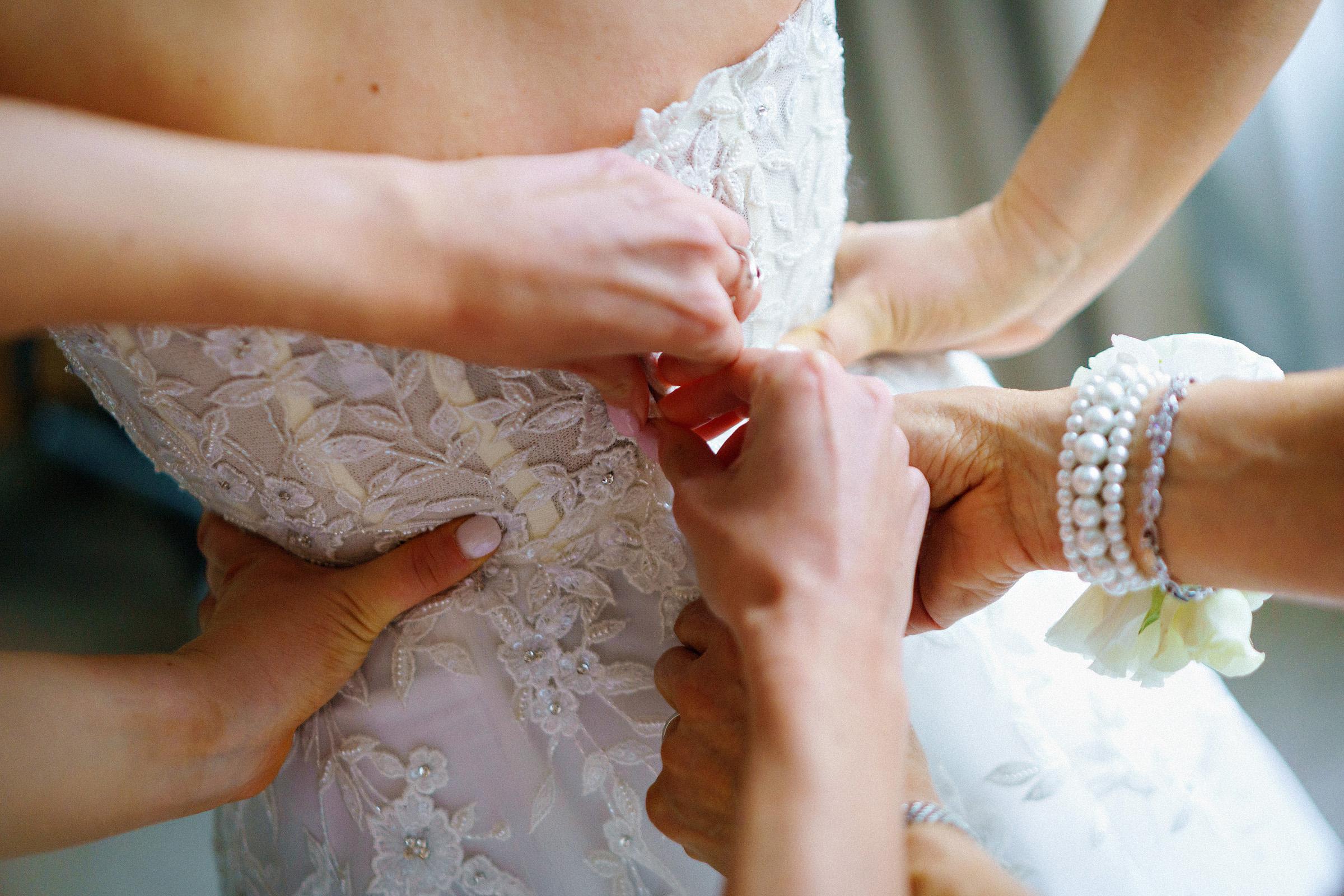 Four_Seasons_Denver_Wedding_006.jpg