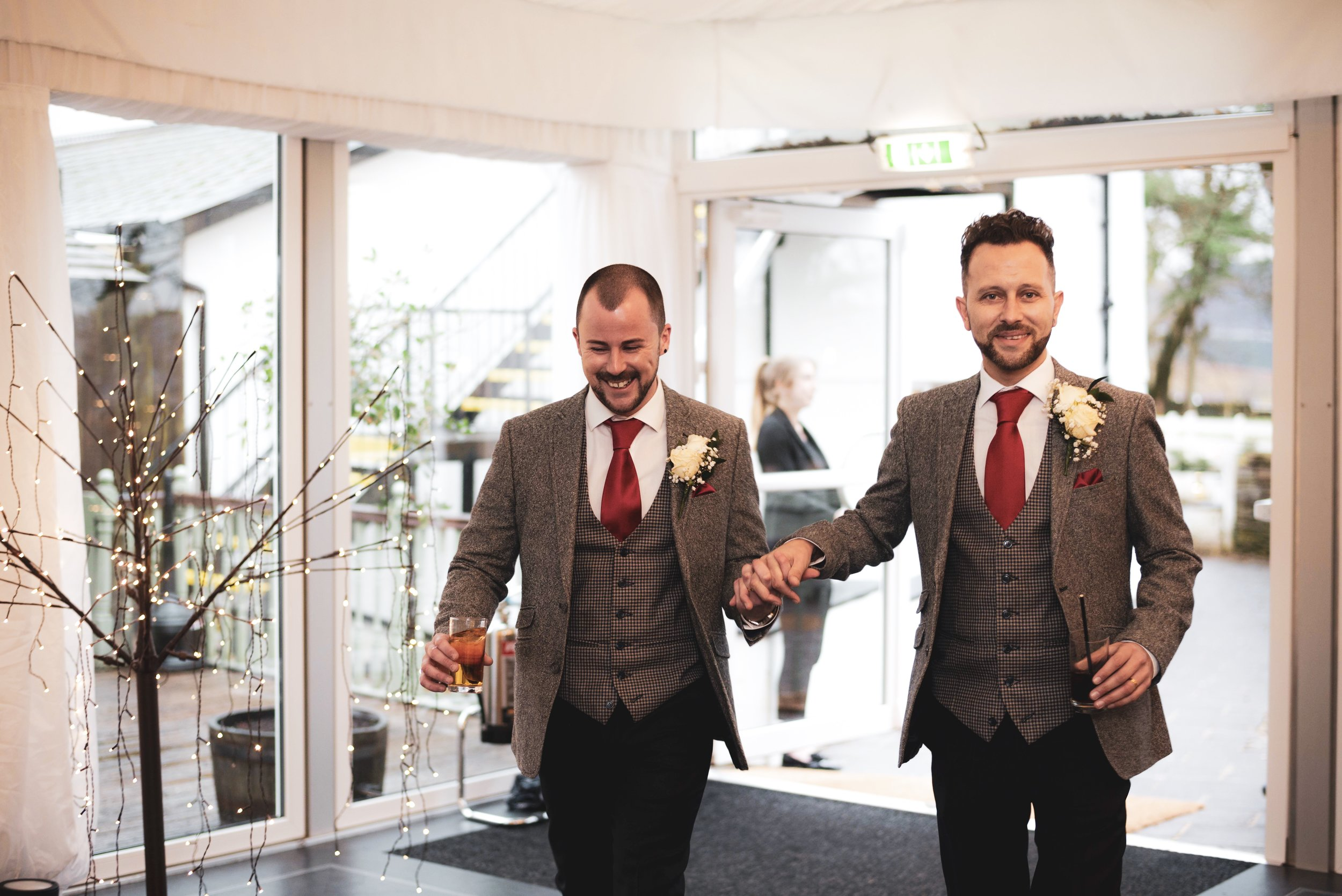 "Carl & Paul - "" Excellent photographer. We were really pleased with our photos and the professionalism throughout our day. To make it even better he's an absolutely lovely guy. 5* ""⭐⭐⭐⭐⭐"