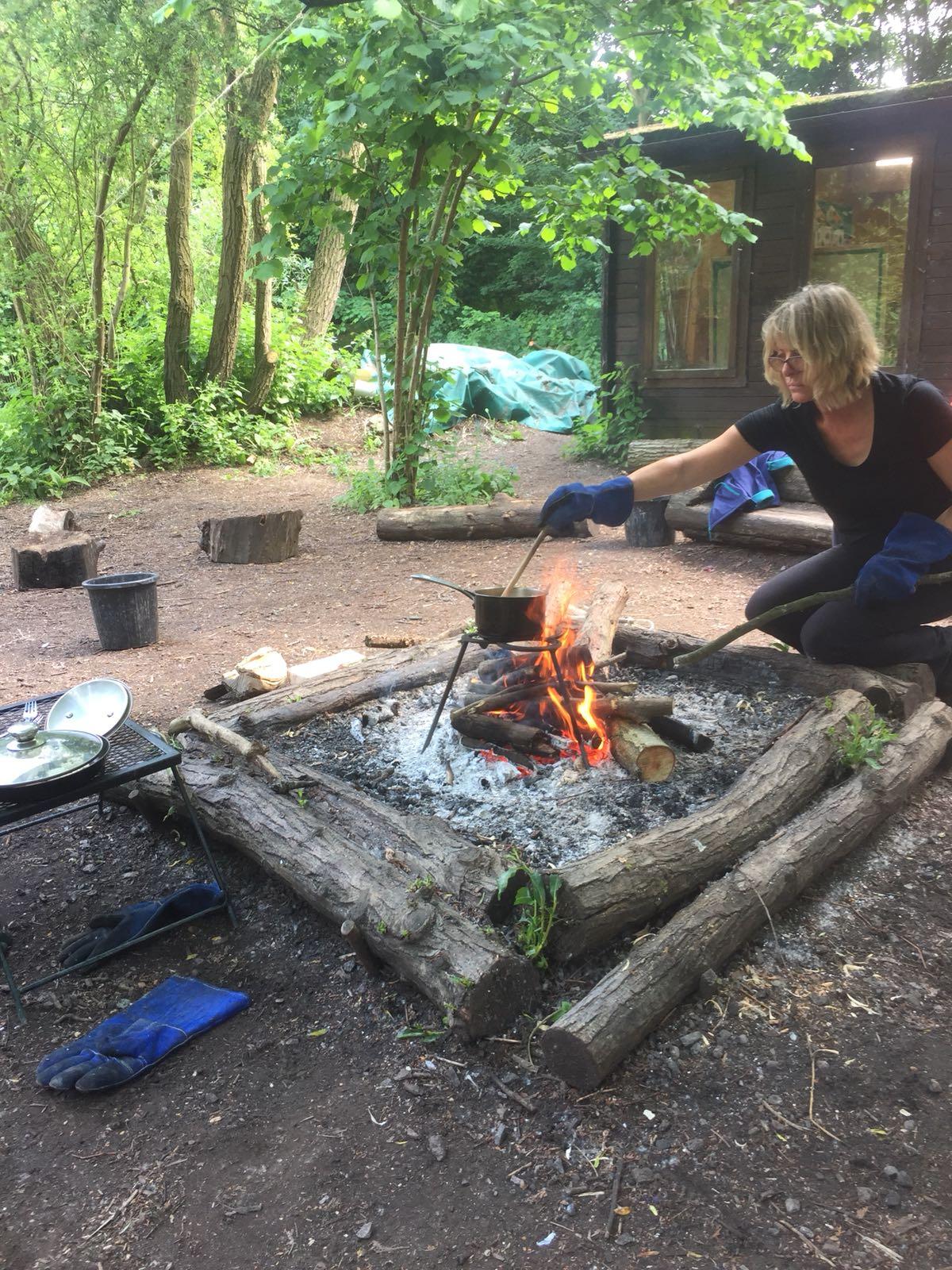 Always wear fire gauntlets when cooking on an open fire.