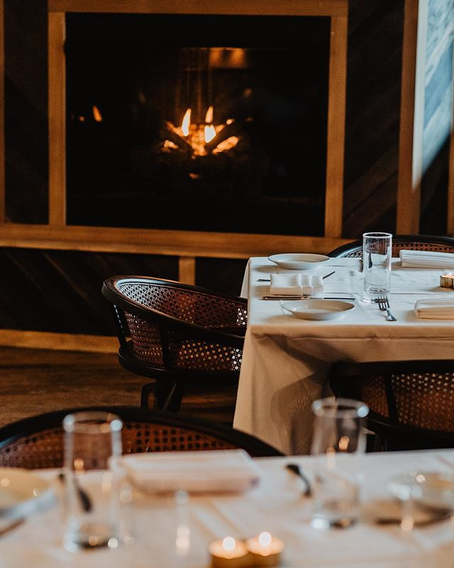 A little rain in the forecast tonight — nothing a fireside dinner can't fix 🔥 Photo by @lawrence_braun