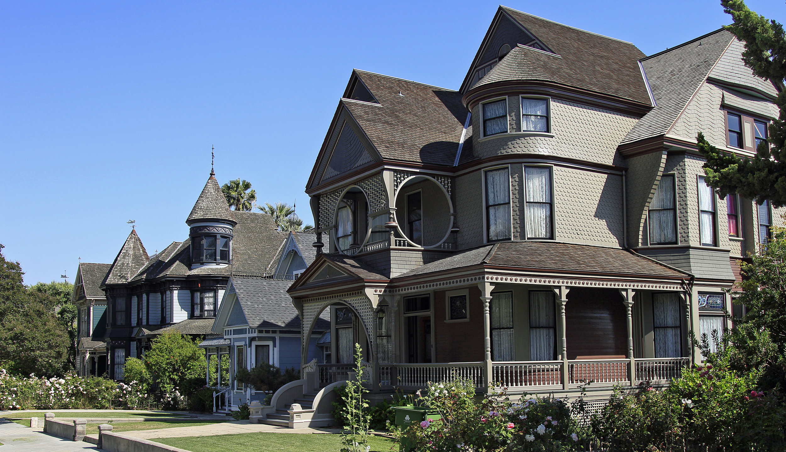 Sessions House - Joseph Cather Newsom. 1889. A view down Carroll Avenue and its famous showcase Victorian homes in the Angelino Heights section of Echo Park.   Learn more about Echo Park...