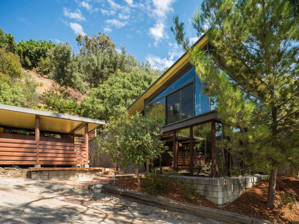 Baerwald Residence by A. Quincy Jones