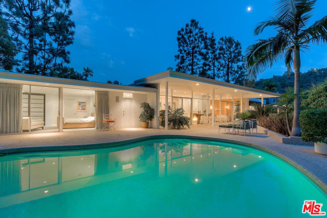 3301 Longridge Terrace, Sherman Oaks CA 91423 by Donald G. Park, Architect.
