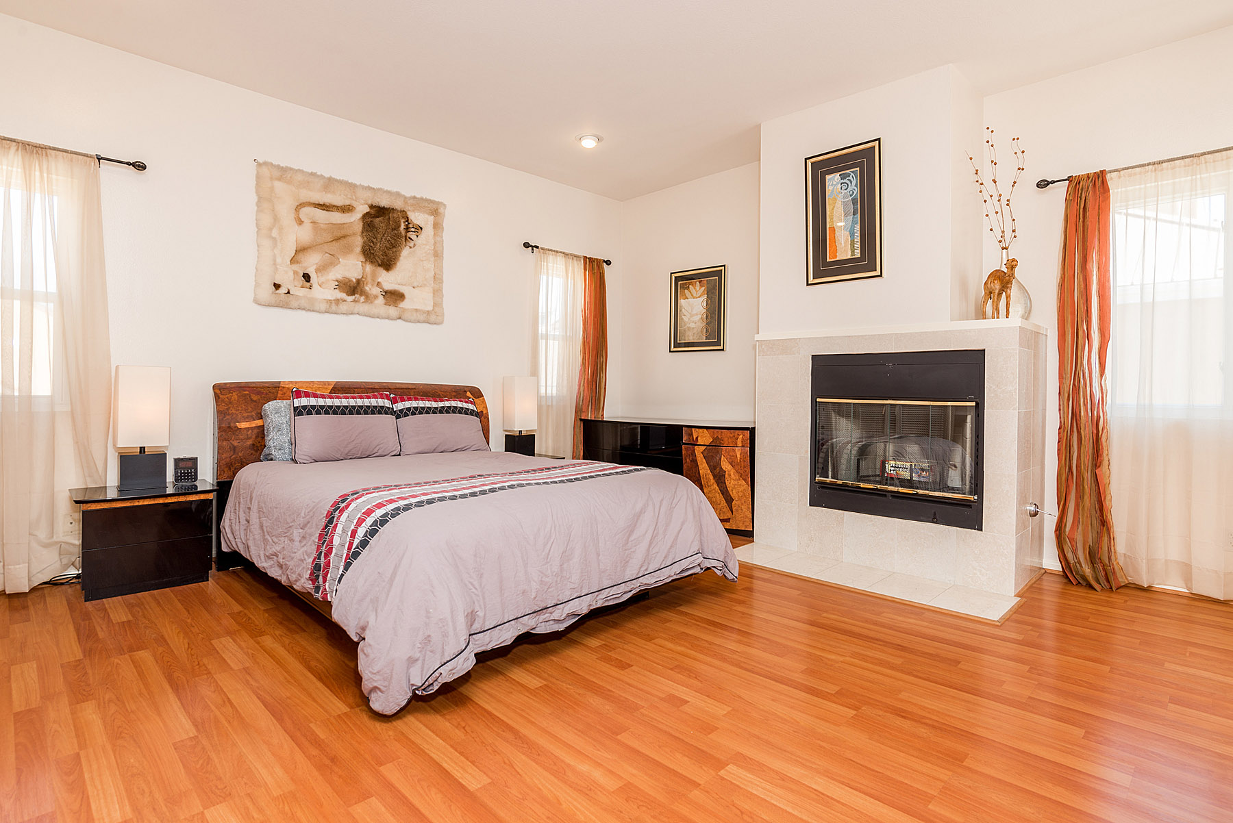 Huge master bedroom, with a fireplace and lovely deck overlooking the tree tops.