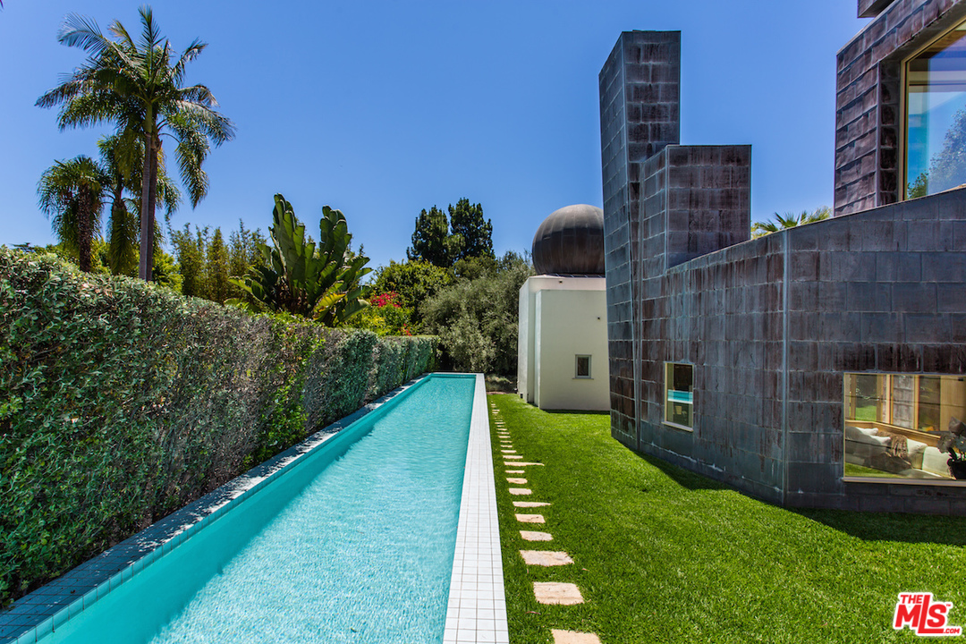 When it's time to go for a serious swim, this huge lap pool will do the trick just fine.