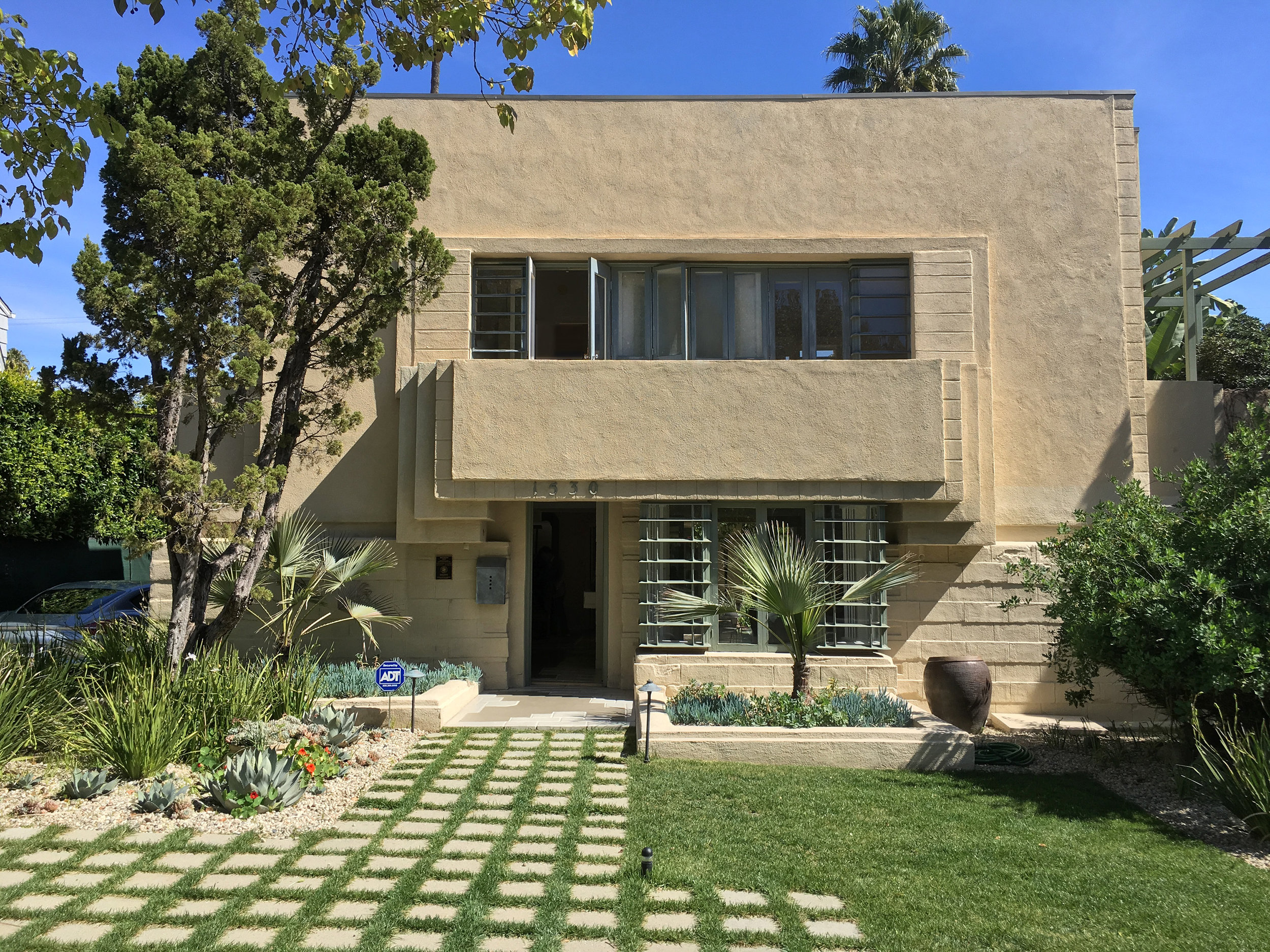 Bollman Residence - Lloyd Wright 1922