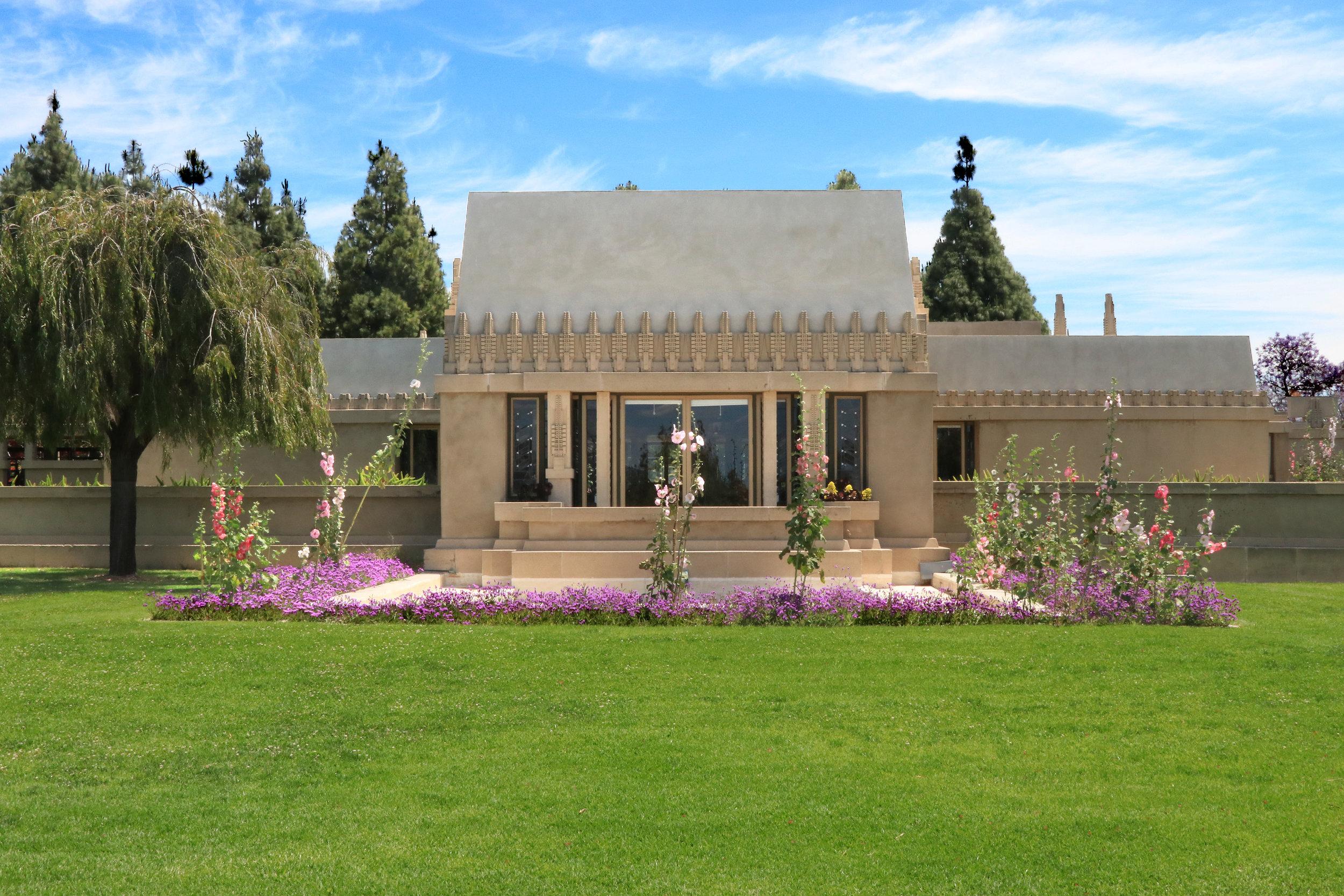 "Barnsdall ""Hollyhock"" House   Frank Lloyd Wright - 1917-20"
