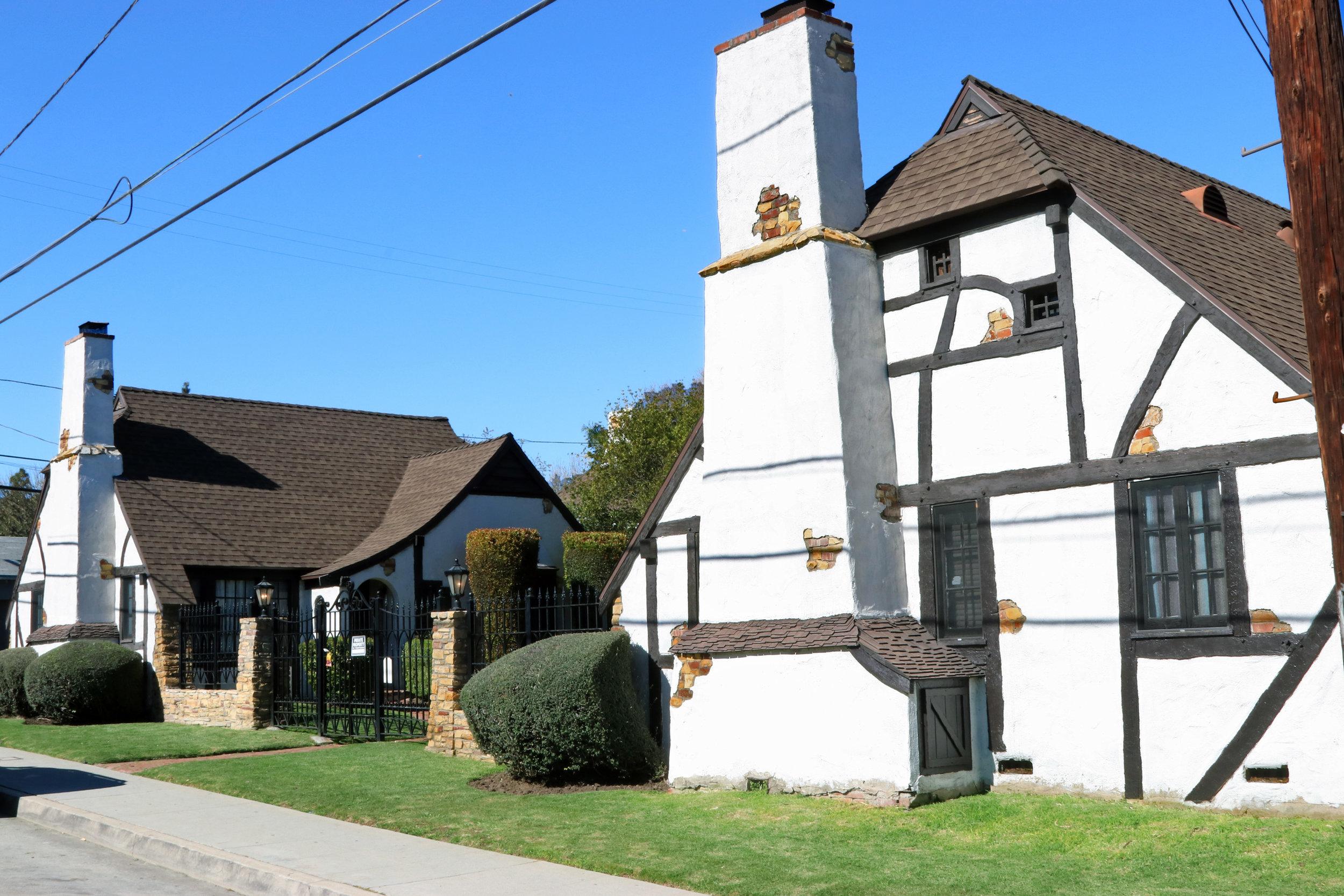 Snow White Cottages    Ben Sherwood - 1931