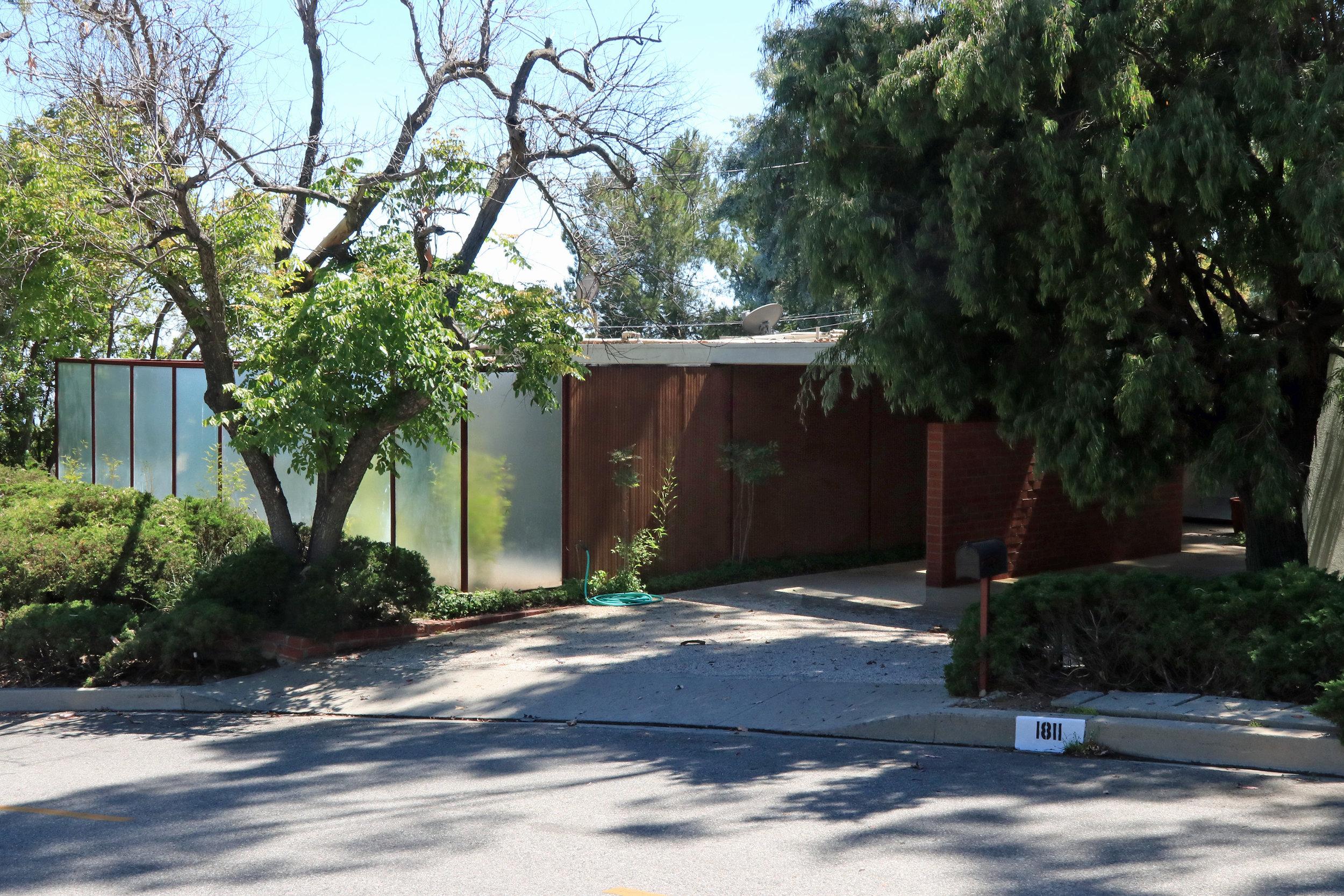 Salzman House - Case Study House for 1953    Craig Ellwood