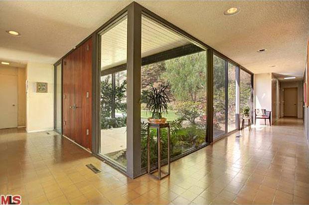 1822 Westridge Rd, Los Angeles, CA 90049