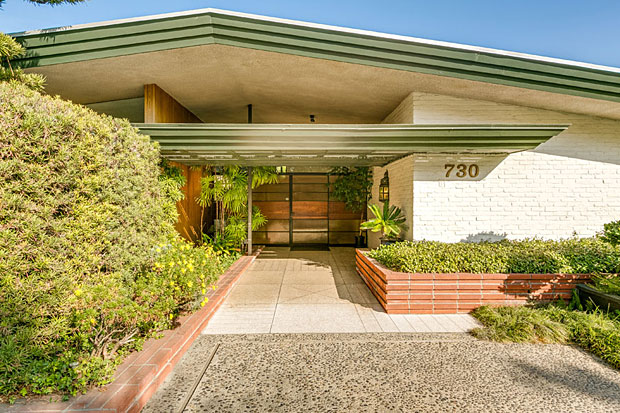 """One can easily imagine this house being included on an architectural tour, or featured on a postcard labeled """"sent from sunny California"""", or used as a shooting location for a 1950's era TV show. It's timeless and cool, with a capital C."""