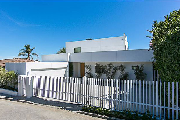 If your other half has a hankering for a more traditional vibe, the white picket fence in the front yard might be just the ticket.