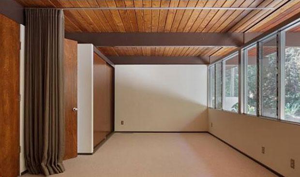 Neutra-Linn-House-7820-Mulholland-10.jpg