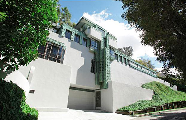 Samuel Novarro House, by Lloyd Wright - 2255 Verde Oak Dr, Los Angeles, CA 90068