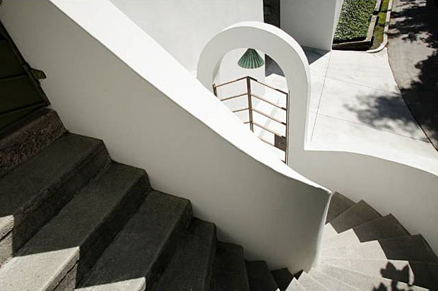 I love the detail of this stairway. The architectural significance of the home is reflected by its designation as a Los Angeles Historic-Cultural Monument (#130) in 1974.