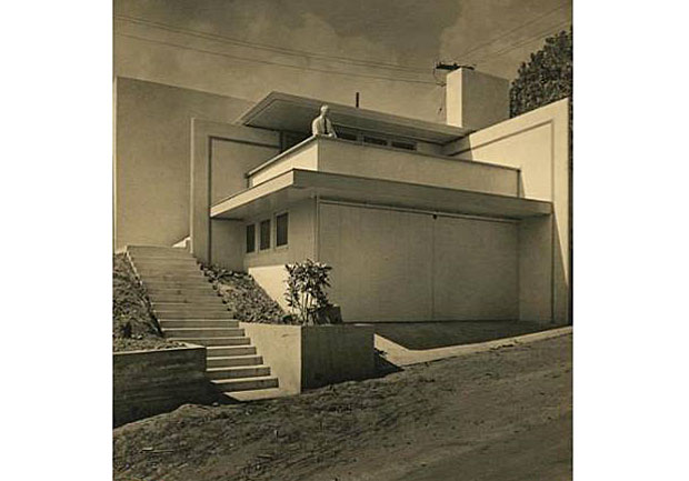 "The home was profiled in the November 1935 issue of California Arts and Architecture in a feature entitled ""A Frank Lloyd Wright House With a Hat On"". In keeping with Wright's tenet that a structure should be of the Hill, not on the Hill, Harris adroitly sets the garage into the slope and elevates the main salon above the garage, framing a picturesque view and allocating a portion of the garage roof as an outdoor dining terrace."