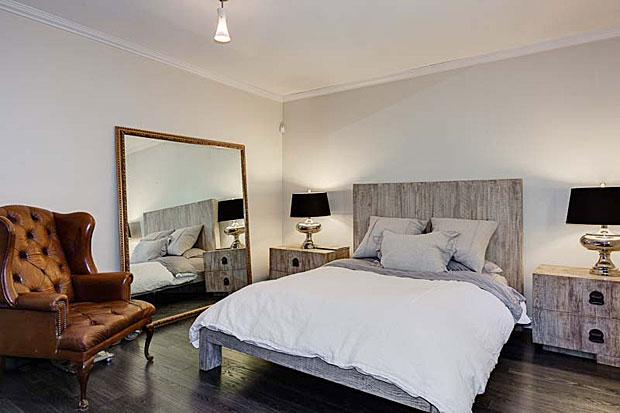 2300-San-Marco-Dr-bedroom-2.jpg
