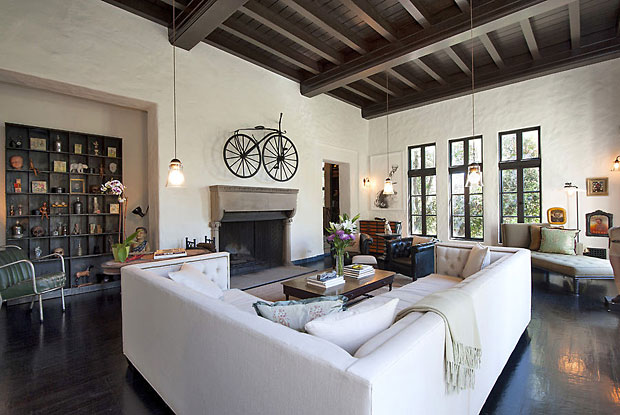 As beautiful as this house is, it's not an over-the-top, out-of-this-world type of home whose owner is striving to outdo the next celebrity around the corner. It's a fairly modest 4 BR / 3.5 BA Spanish Revival that is as comforting and cozy as it is impressive. And I love it.
