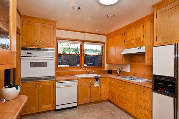 1229-Sierra-Bonita-Ave-kitchen.jpg