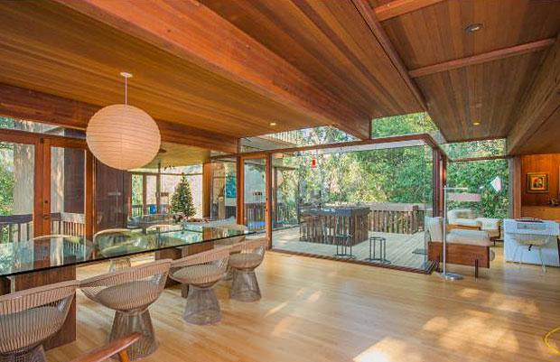 Kappe is known for creating warm, modern spaces with a strong sensitivity to the environment. The Gertler House reflects this ideal with its walls of wood and glass, making the home feel an extension of the tree-covered hills that envelop the property.
