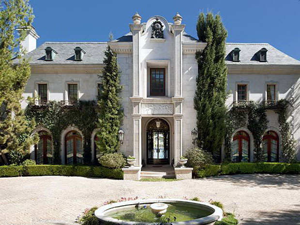 Michael Jackson. 17,171 sf, 7 BR / 7BA French Chateau in Holmby Hills.