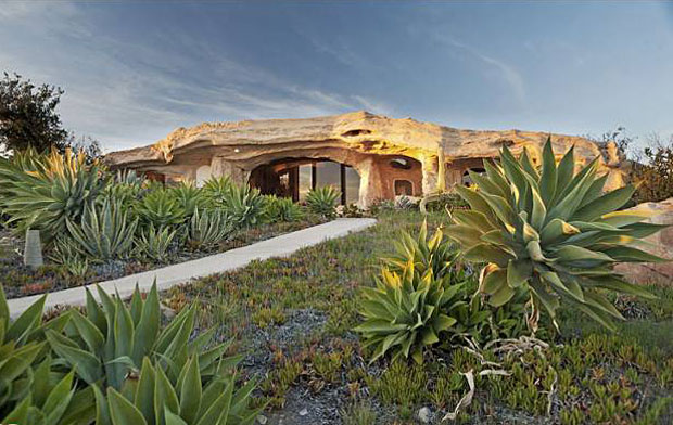 Dick Clark. 22.89 acre lot, 1 BR / 2 BA Flintstone Cave Home - 10124 Pacific View Rd. Malibu - Active, List Price: $3,500,00