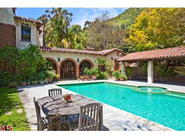Mel Gibson. 5,403 sf, 6 BR / 5 BA Spanish, 23333 Palm Canyon Lane, Malibu. Selling Price: $9,261,250