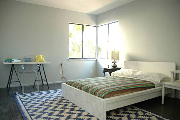 2350-Silver-Lake-Blvd-bedroom-2.jpg