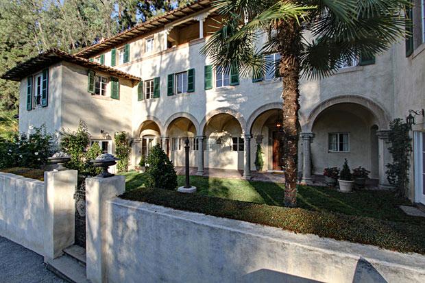 5 Los Altos Drive, Pasadena, CA. 91105