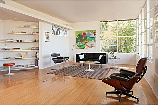 1709-Silverwood-Ter-William-Kesling-living-room-2.jpg