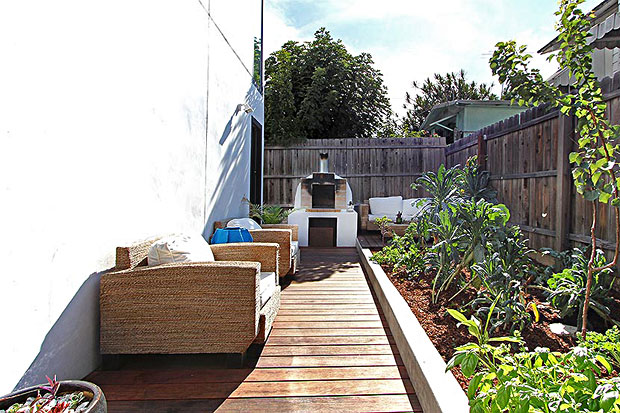 Enjoy the eco urban lifestyle with vegetable and herb gardens, fruit trees and an outdoor wood-fired oven.