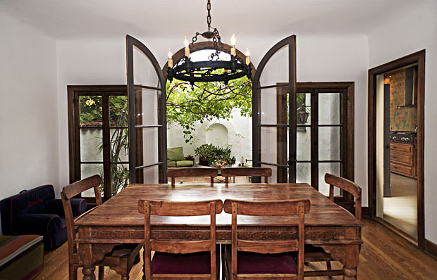 This charming little breakfast room adjoins a private patio that is equally charming.