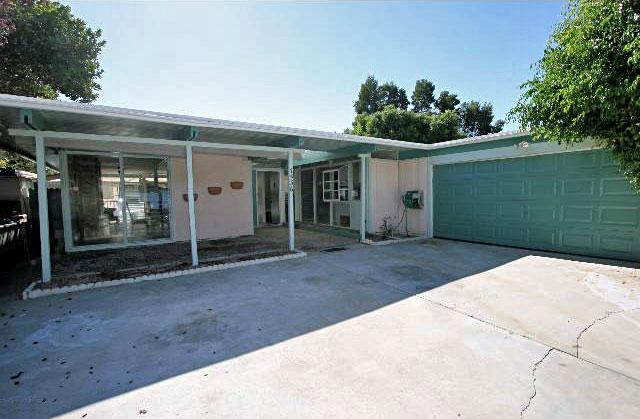 7536 Kimdale Lane in Nichols Canyon