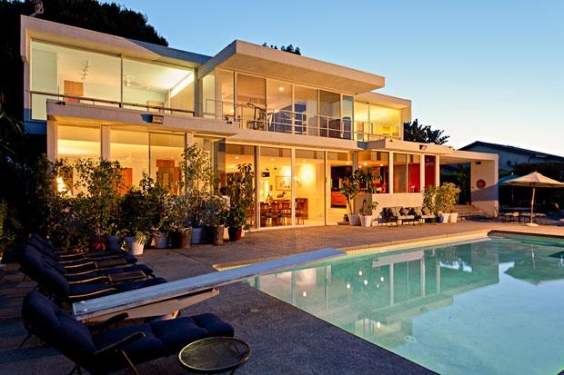 3608 Crownridge Dr., Sherman Oaks, CA. 91403