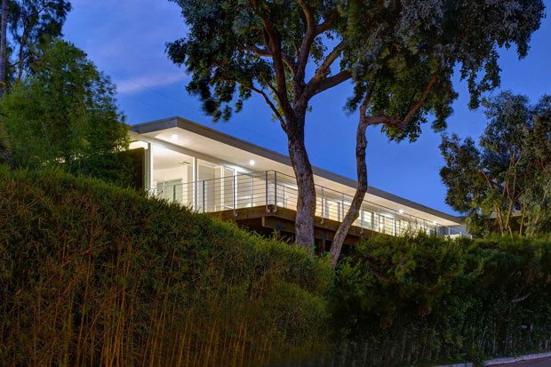 Warshawsky Residence by Volker Traub in the Hollywood Hills