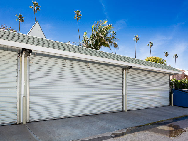 The complex included generous sized garages.