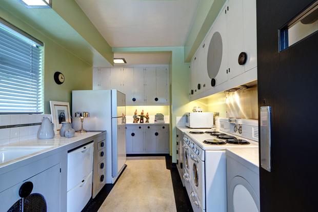Skinner-House-Kitchen-b.jpg