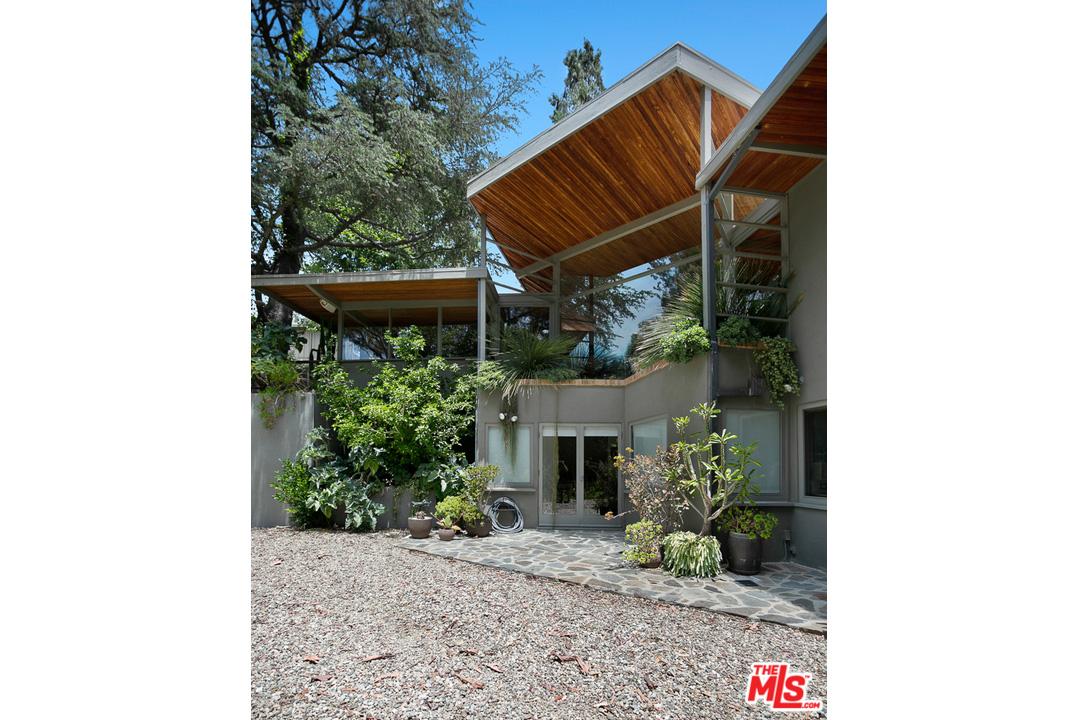 Lerchner Residence - R.M. Schindler 11600 Amanda Dr, Studio City CA 91604