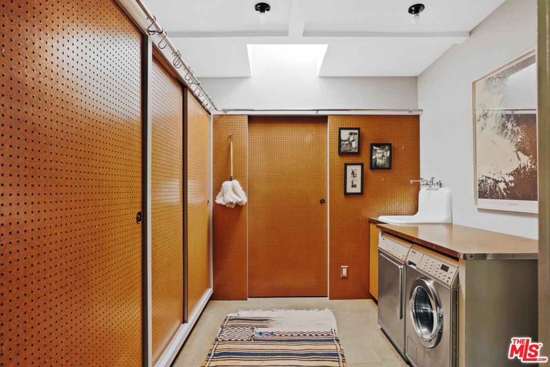RM-Schindler-Lechner-House-7.jpg