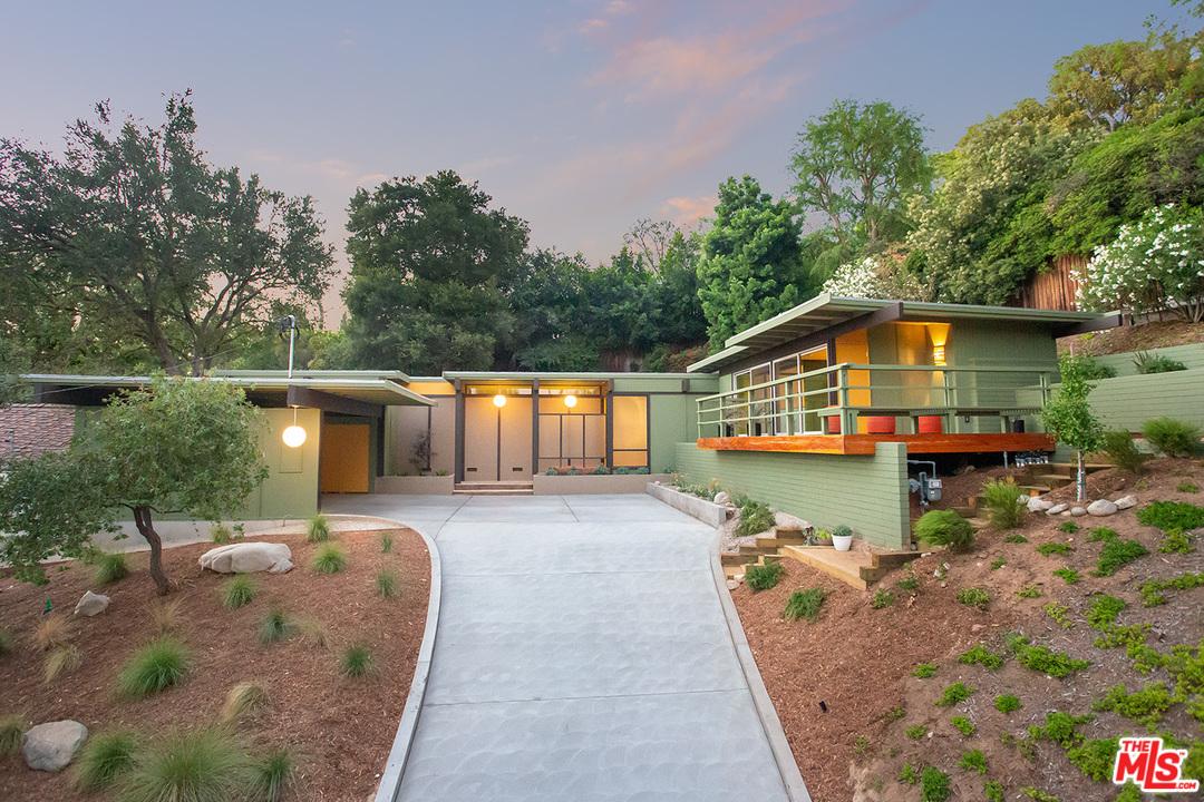 725 Burleigh Rd, Pasadena CA 91105 - Carl Straub. 1957