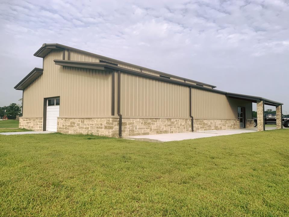 Sideview - Rosharon, TX Barn