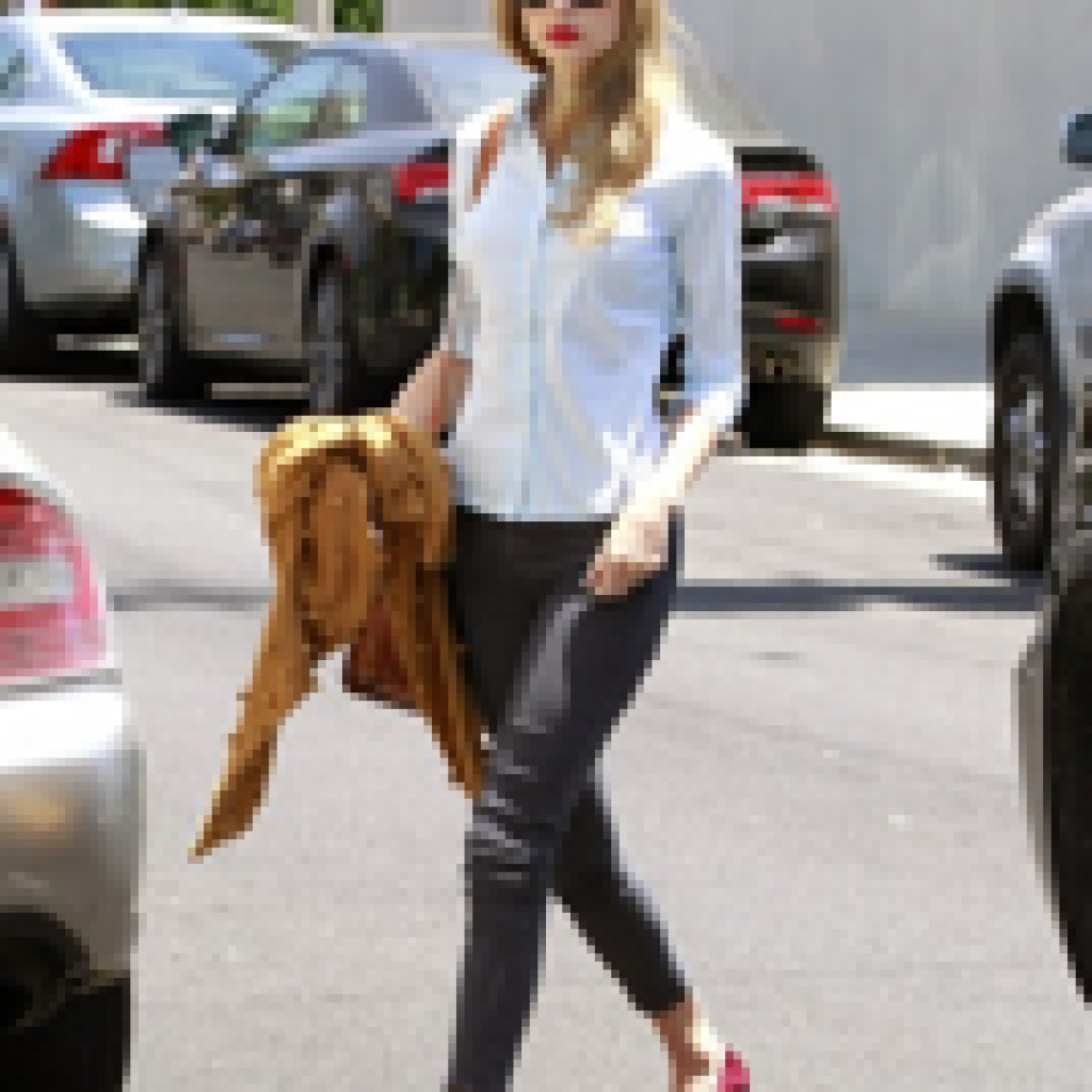 tswift-1024x1024.png