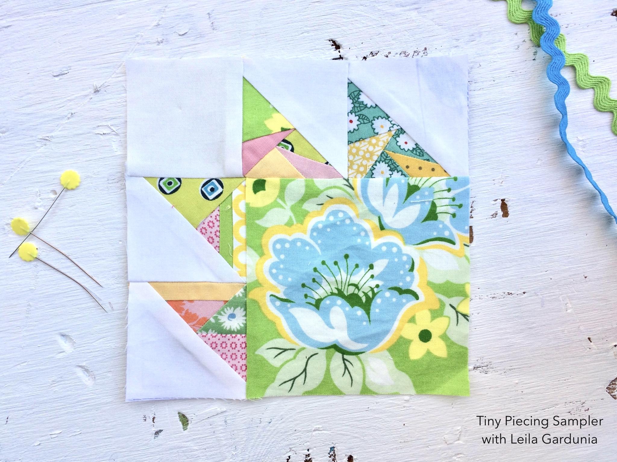 scrappy+triangle+quilt+block+green+blue.jpg