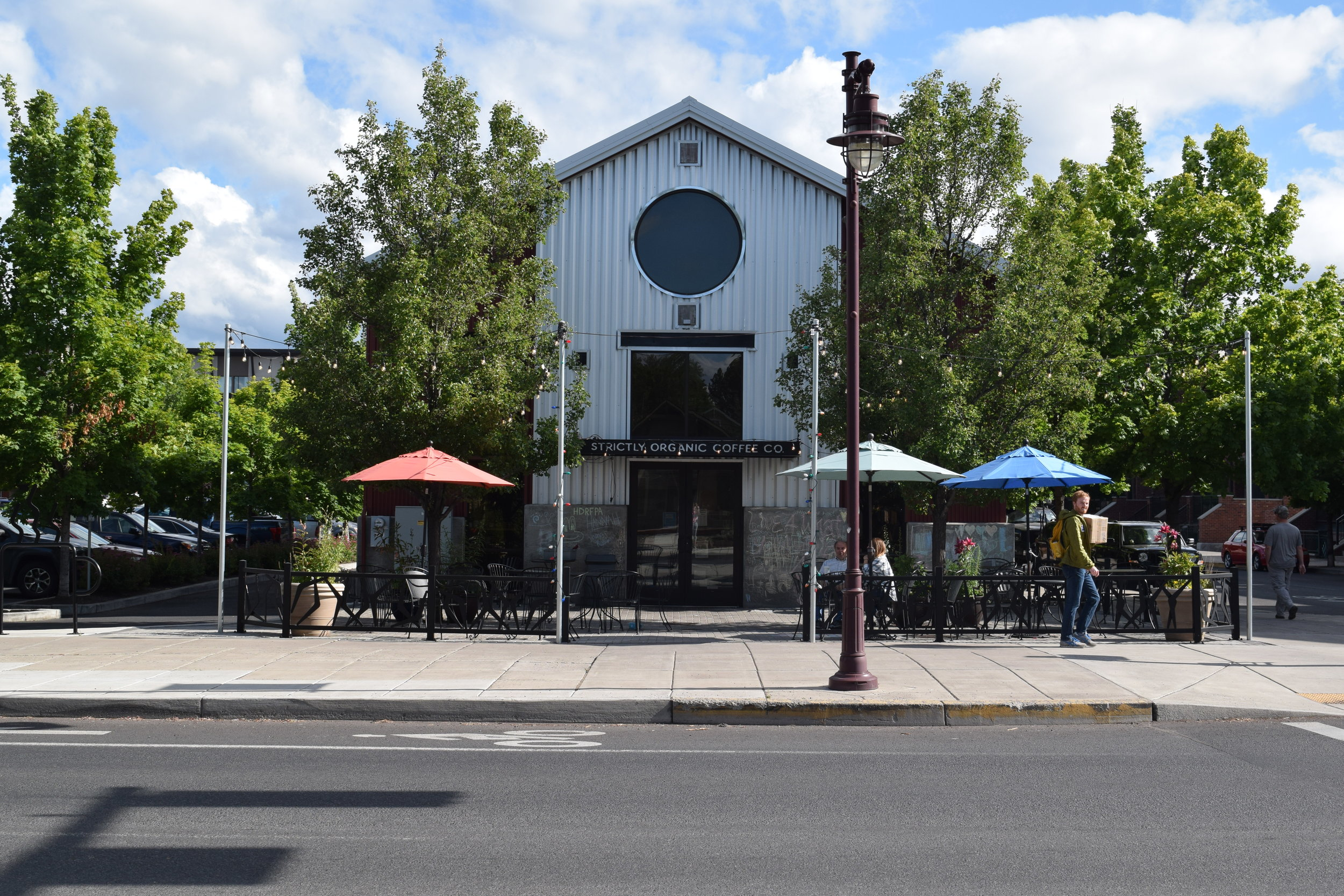 Strictly Organic Coffee Co. - 6 SW Bond St., Bend, OR & 450 SW Powerhouse Dr., Bend, OROfficial BYOC Bend Supporting Business since May 2019BYOC for a $0.20 discountSince 1999, proud owners of Strictly Organic Coffee Company Richard and Rhonda have maintained their values of serving organic and fair trade foods and following environmentally sustainable practices. Strictly O has received many awards recognizing these environmental efforts and also to its commitment and support to its employees, customers and the rest of the Bend community. Enjoy all day breakfast, lunch or dinner with a cup of 100% certified organic and fair-trade coffee situated in a dynamic and upbeat environment at either the Box Factory of Old Mill location.