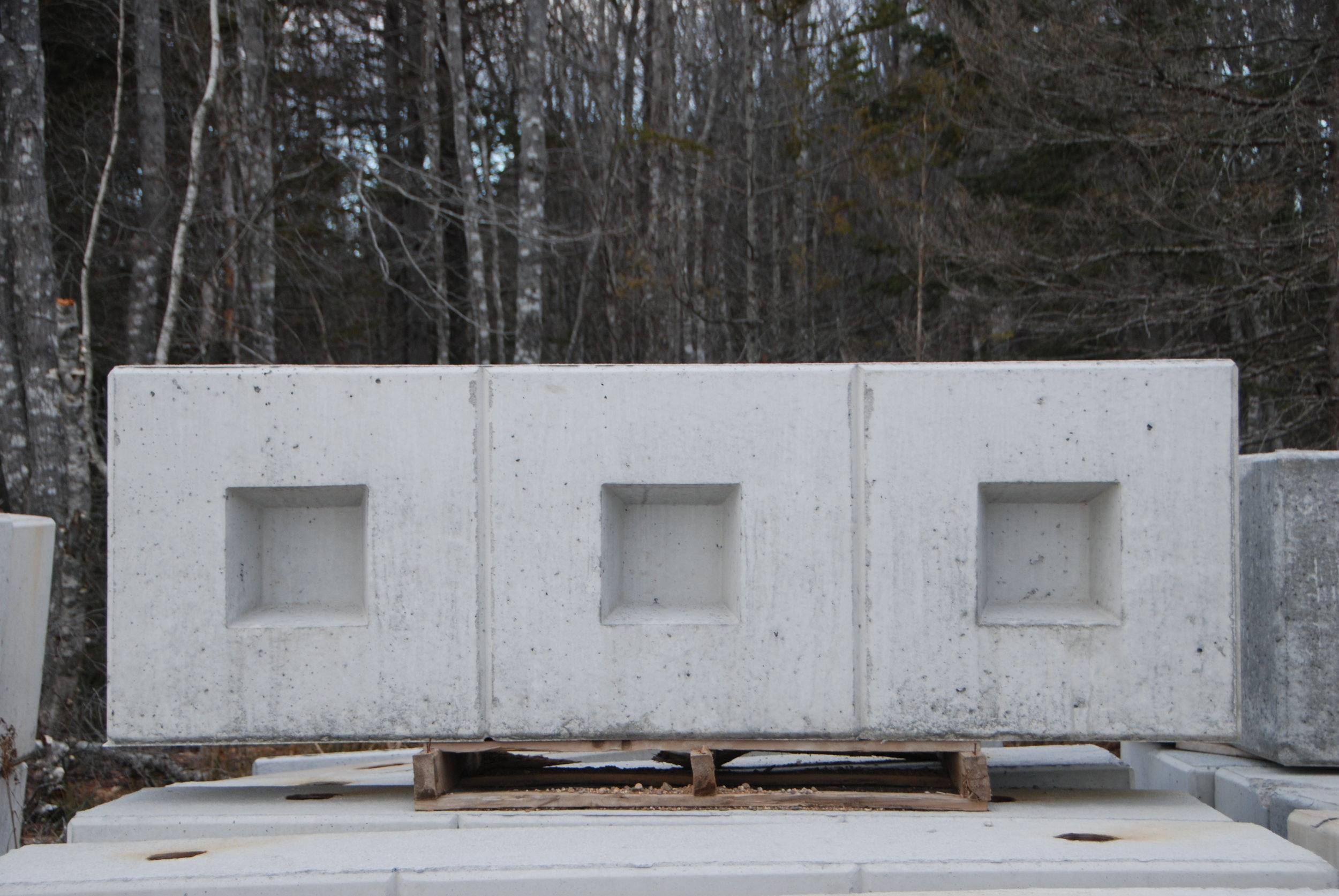 Abutment Block-pic for retaining wall page.JPG