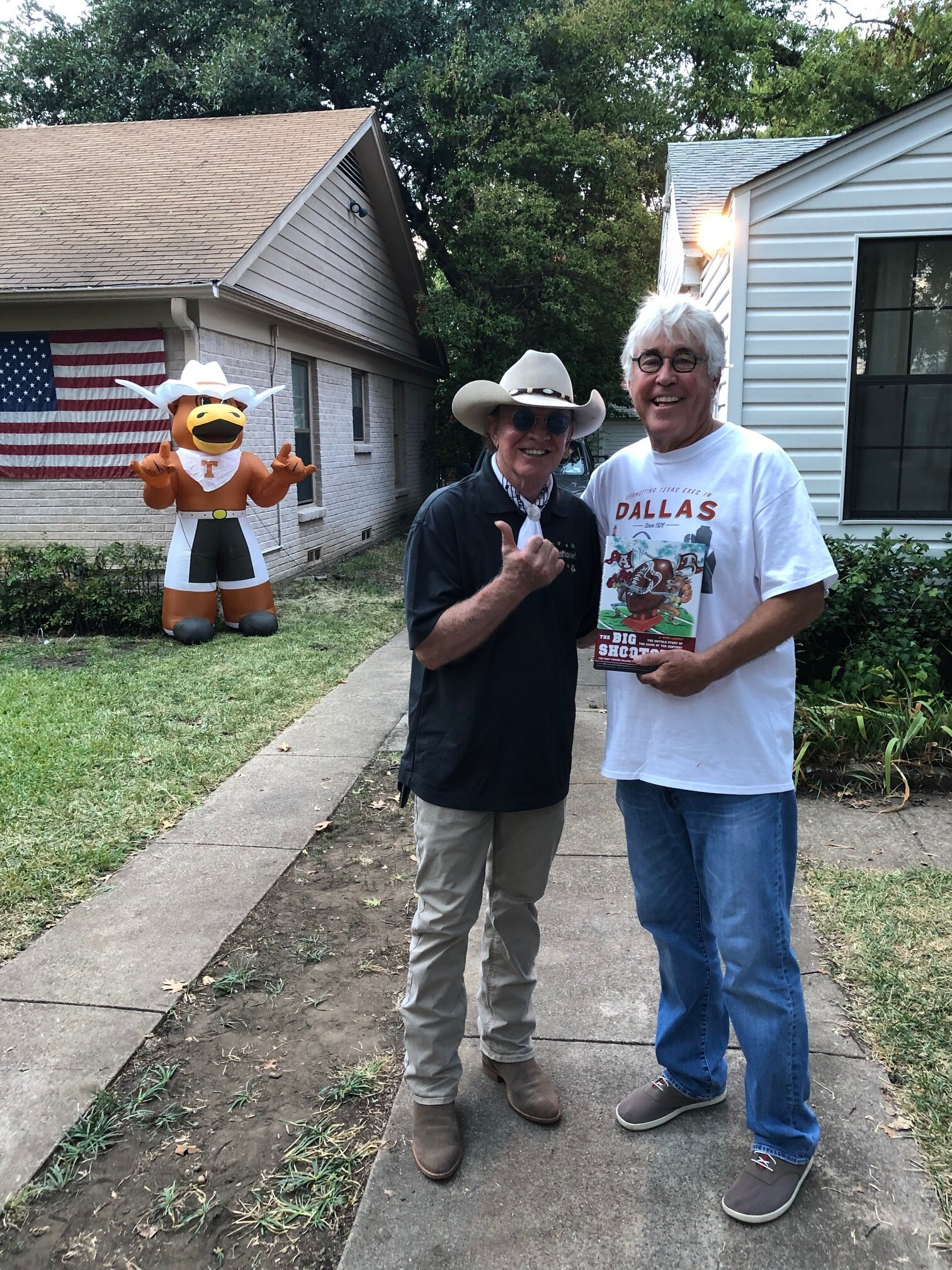 Mike with Gary P. Nunn and the Hook Em' Hut