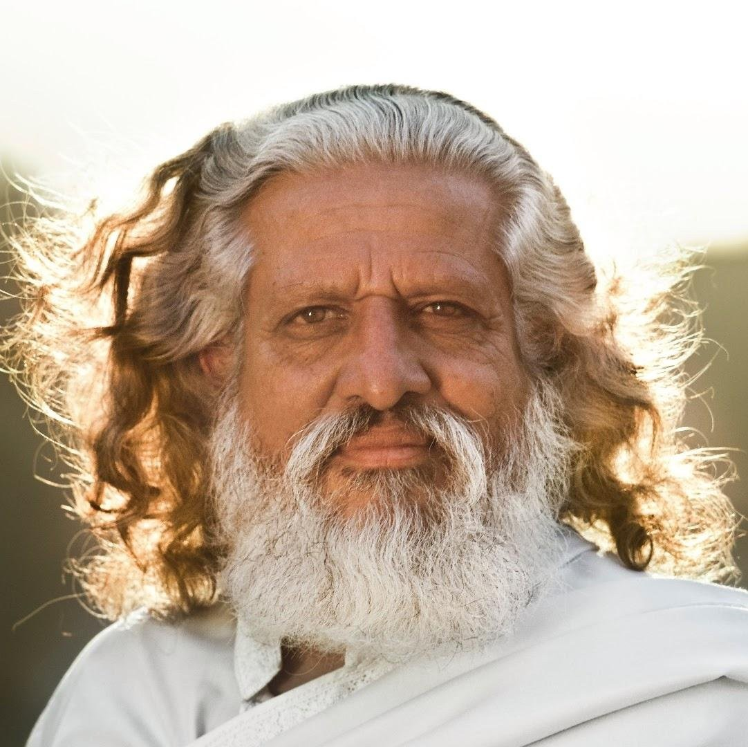 Yogiraj Siddhanath (@SiddhanathYoga) _ Twitter.jpg